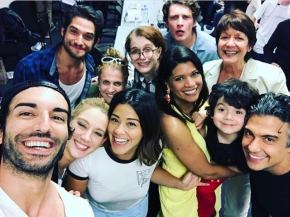 "Important Things We Can Deduce About The ""Jane The Virgin"" Finale From This Photo Gina Rodriguez Posted On Instagram"