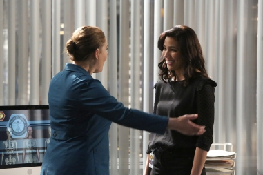 "BONES: L-R: Emily Deschanel and Michaela Conlin in the ""The Final Chapter: The Day In The Life"" episode of BONES airing Tuesday, March 21 (9:00-10:00 PM ET/PT) on FOX. ©2017 Fox Broadcasting Co. Cr: Ray Mickshaw/FOX"