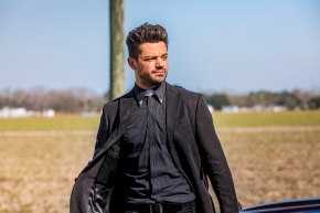 Preacher 2×01 – On The Road