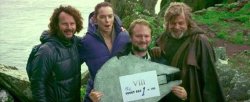 star-wars-the-last-jedi-behind-the-scenes-image-31-600x247