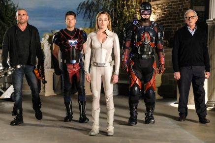 Pictured (L-R): Dominic Purcell as Mick Rory/Heat Wave, Nick Zano as Nate Heywood/Steel, Caity Lotz as Sara Lance/White Canary, Brandon Routh as Ray Palmer/Atom and Victor Garber as Professor Martin Stein. Photo courtesy of DC Legends TV.